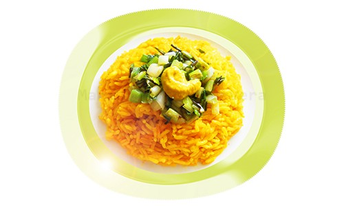 Arroz amarillo con ajos tiernos y mostaza.