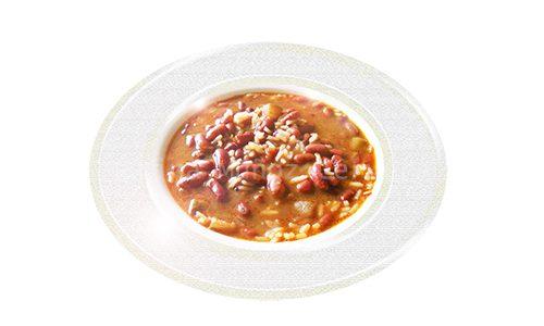 Guiso de frijoles rojos con arroz y sin carne.